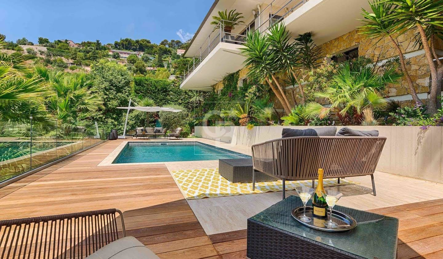 House with pool and garden Eze