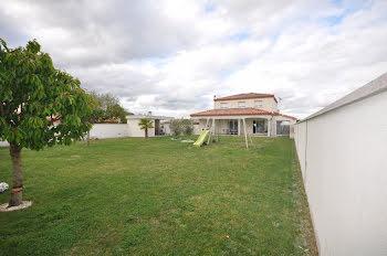 villa à Auterive (31)