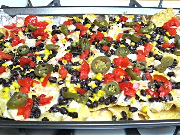 Restaurant Style Chicken Nachos Recipe