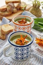 Photo: 32.Soup with wild garlic and carrot chips Blog-Ja u kuhinji  My name is Olivera Senić My blog is http://1331999.blogspot.com url: http://1331999.blogspot.com/2013/04/corba-sa-sremusem-i-cips-od-sargarepe.html