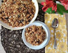 Photo: Peanut Butter Cookie Granola - A healthy, sweet and crunchy granola that tastes like peanut butter cookies and chock full of peanut butter clusters, almonds and coconut.  http://www.peanutbutterandpeppers.com/2012/11/24/peanut-butter-cookie-granola/  #peanutbutter   #granola   #peanutbuttercookies   #healthysnacks   #oats   #nuts