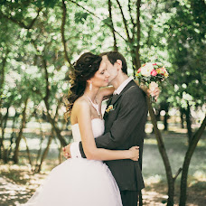Wedding photographer Dasha Myuller (dashakiseleva91). Photo of 27.08.2014