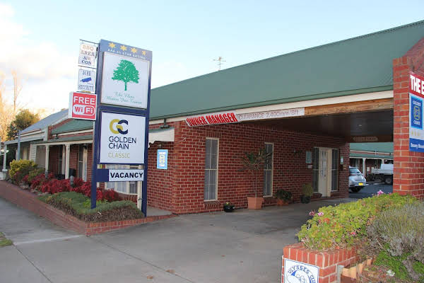 Elms Motor Inn