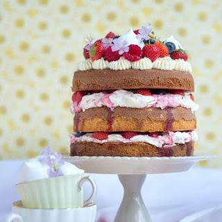 Totally Summery Eton Mess Cake