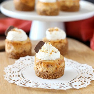 Mini Butterfinger Cheesecakes