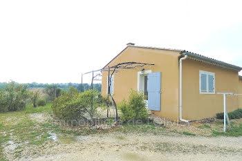 villa à Saint-Saturnin-lès-Apt (84)