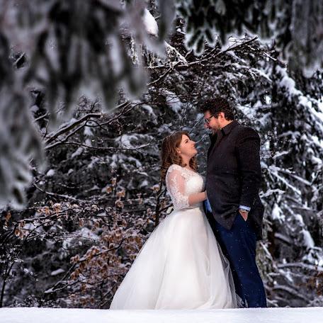Wedding photographer Daniel Sandulean (sandulean). Photo of 02.03.2018