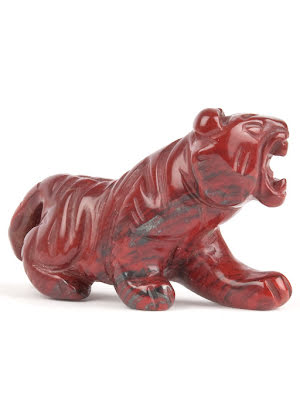 Tiger, i röd jaspis liten