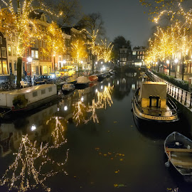 Christmas night in Amsterdam by Salvatore Amelia - City,  Street & Park  Night ( lights, channell, boats, christmas, trees, amsterdam, night )