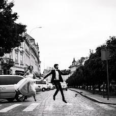 Wedding photographer Yuliya Luciv (yulialutsiv). Photo of 10.07.2018