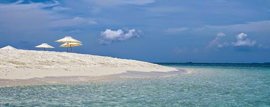 Photo: Nikoi beach