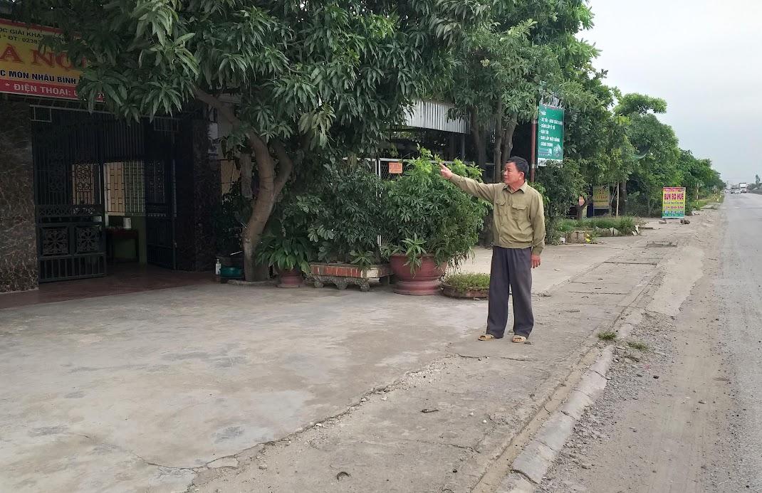 Thửa đất gia đình ông Năm đang sinh sống bám mặt đường 1A, nay bị hụt 124,6 m2 không hiểu nguyên do?