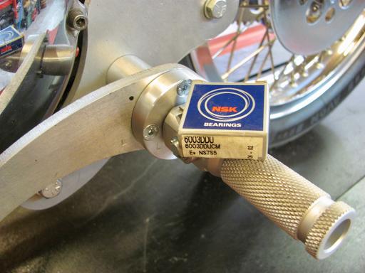 Détail du selecteur de vitesse monté sur roulement à billes et fabriqué par Machines et Moteurs