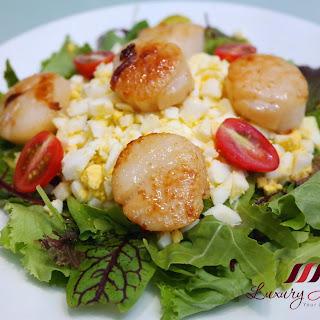 Succulent Pan-Seared Hokkaido Scallops Salad