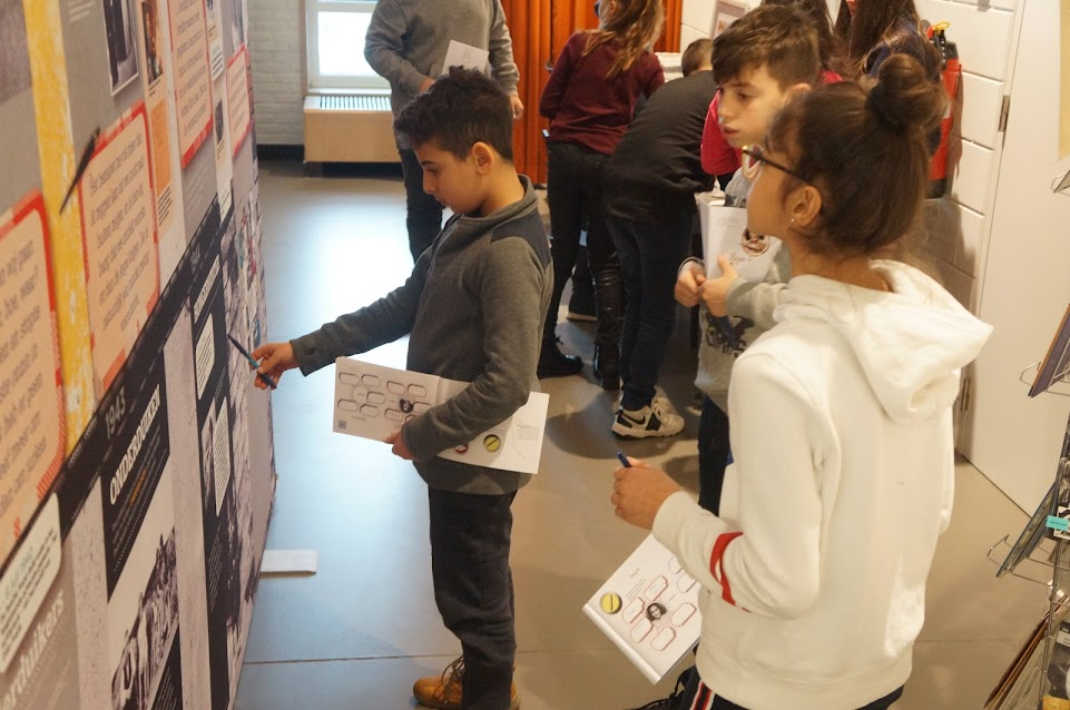 6 maakt kennis met Anne Frank