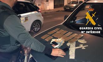 Guardia Civil detiene a dos personas con hachís