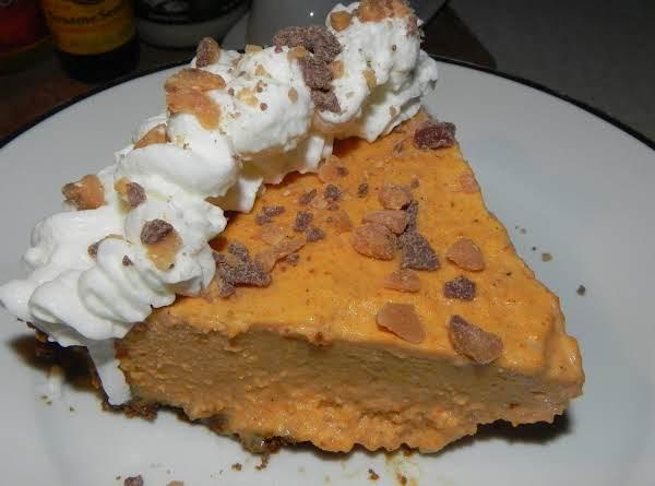 Frozen Pumpkin Mousse Pie