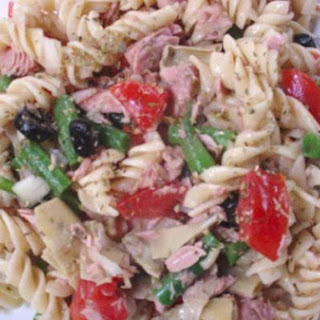 Mediterranean Tuna and Pasta Salad
