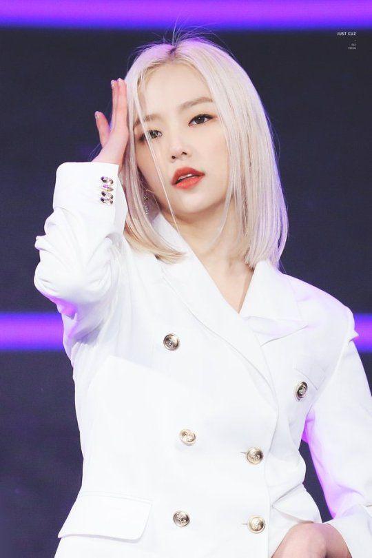 yeeun suit 39