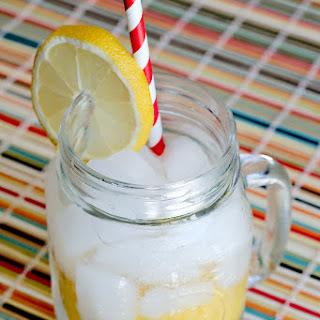 Fair Style Shaken Lemonade.