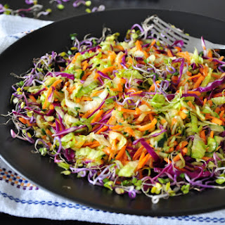 HEALTHY VEGETABLE SLAW Recipe