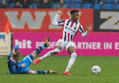 Défaite de Willem II malgré un assist de Mike Ndayishimiye, des supporters en colère attendent le bus des joueurs