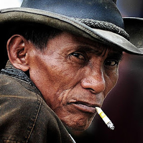 a men by Sapto Nugroho - People Portraits of Men ( pacujawi owner cow )