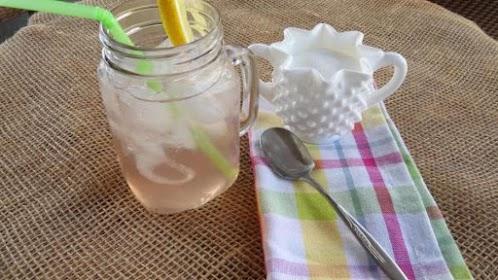 Strawberry Jasmine Sun Tea