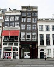 Photo: Amsterdam'ın eğik evleri