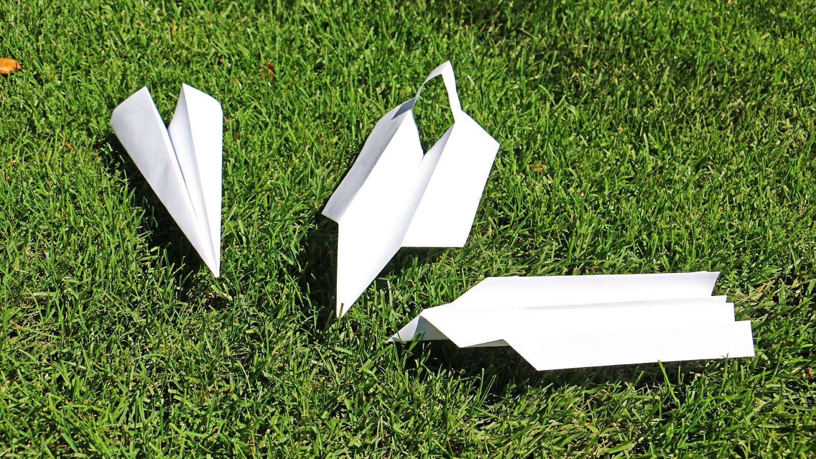PaperAirplane05.jpg