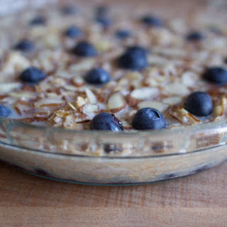 BAKED OATMEAL with ALMONDS and BLUEBERRIES Recipe