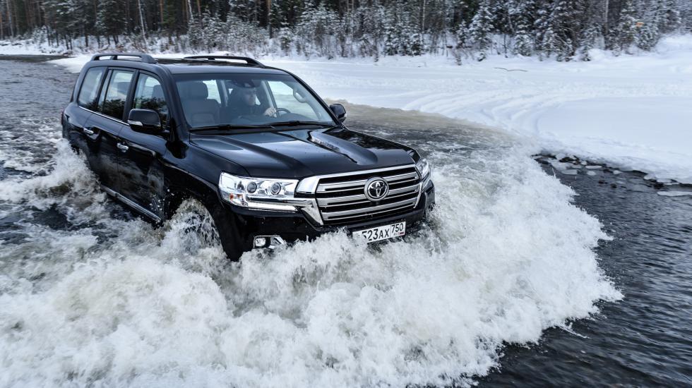 Картинки по запросу Toyota Land Cruiser 200
