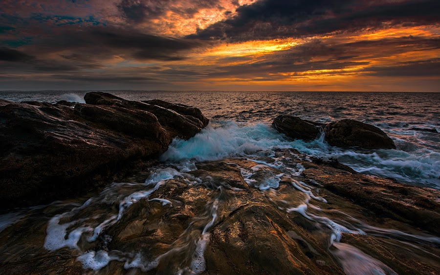 White Rocks Beach by Leslie Hanthorne - Landscapes Waterscapes