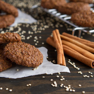 Gingerbread Quinoa Breakfast Cookies