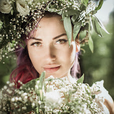 Wedding photographer Nastya Komarova (sickfancy). Photo of 25.07.2017