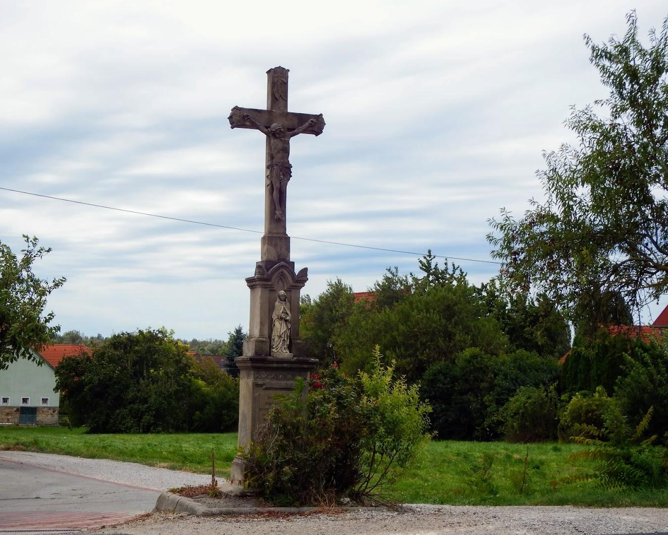 Gyenesdiás - kőkereszt (Kossuth Lajos utca Határ köz kereszteződésében)