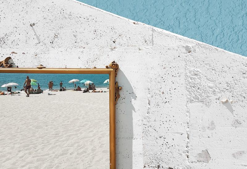 La spiaggia nello specchio di mt antona