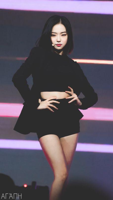 yeeun suit 19