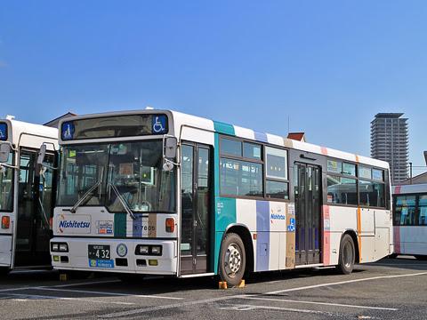 西鉄 7805 西鉄愛宕浜営業所にて