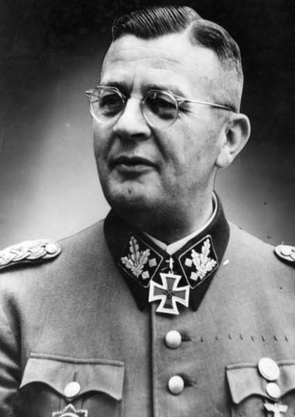 обергруппенфюрер СС Эрих фон дем Бах - палач Варшавы