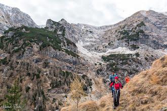 Photo: În fundal valea Căldărilor