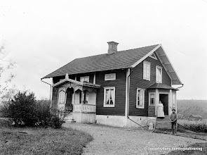 Photo: Kullen 1910-20,  Johanssons. Hulda o Axel Johansson
