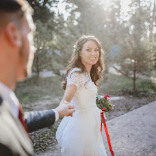 Wedding photographer Olya Vodolazhnaya (Dronova). Photo of 05.10.2015