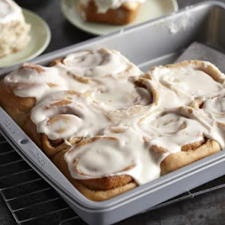 Beginner's Frosted Cinnamon Rolls