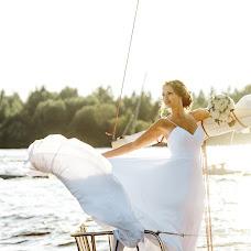 Wedding photographer Julia Sova (fotosova). Photo of 06.07.2016