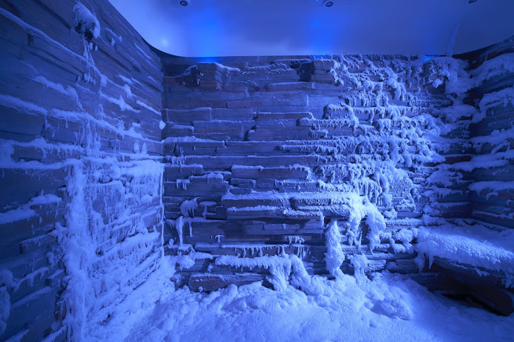 Norwegian Escape's Snow Room, featuring a flurry of powdery snow, is kept at a frosty 21 to 32 degrees F.