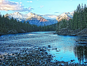 Photo: Elbow River in Banff, Canada.