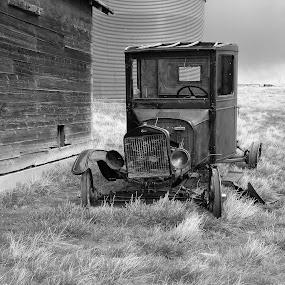 Abandoned Model T by James Oviatt - Black & White Objects & Still Life