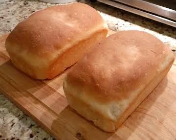 Bread Machine Light Moist Buttermilk Bread