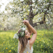 Wedding photographer Anna Kirillova (AnnaPhoto). Photo of 25.05.2018